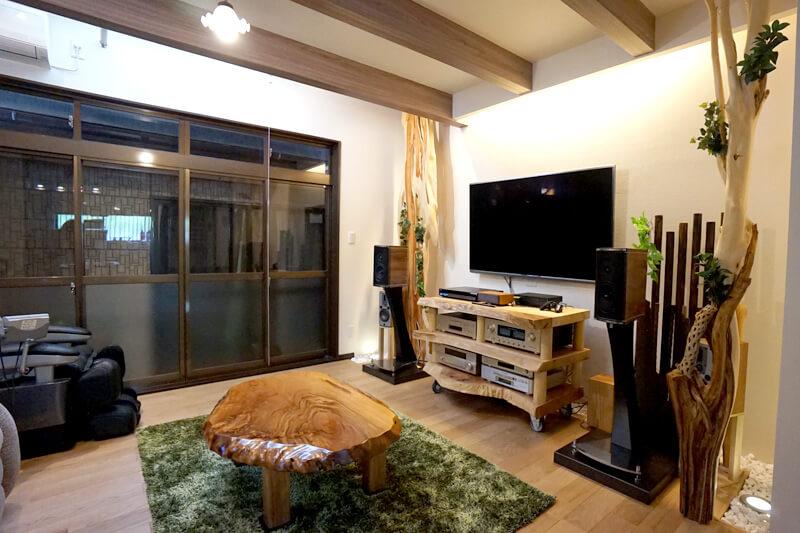 名古屋市守山区の施工事例 玄関を開けると別世界 自然素材を贅沢に使った内装