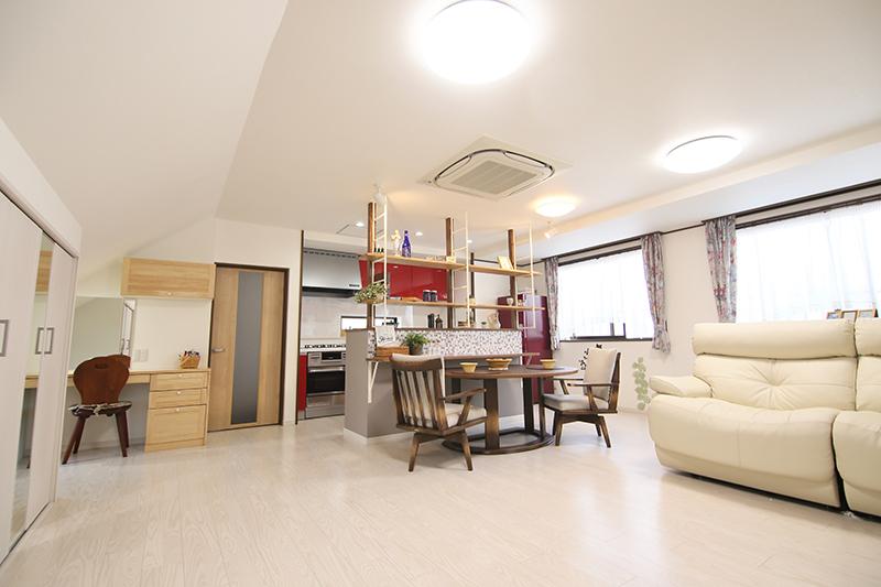 愛知郡東郷町の施工事例 お客様の「好き」が詰まった新たな自宅へ